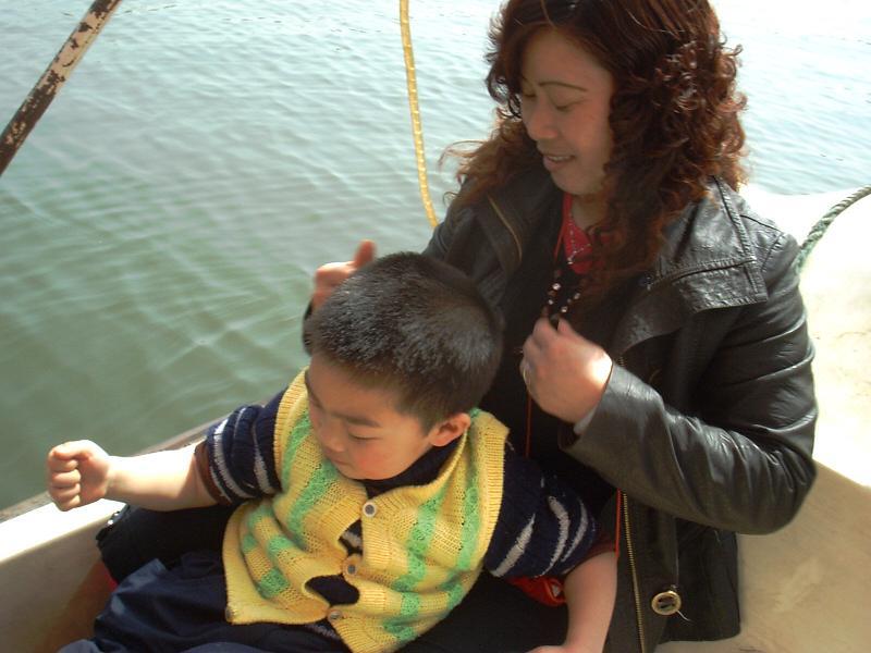 祥舟和妈妈。