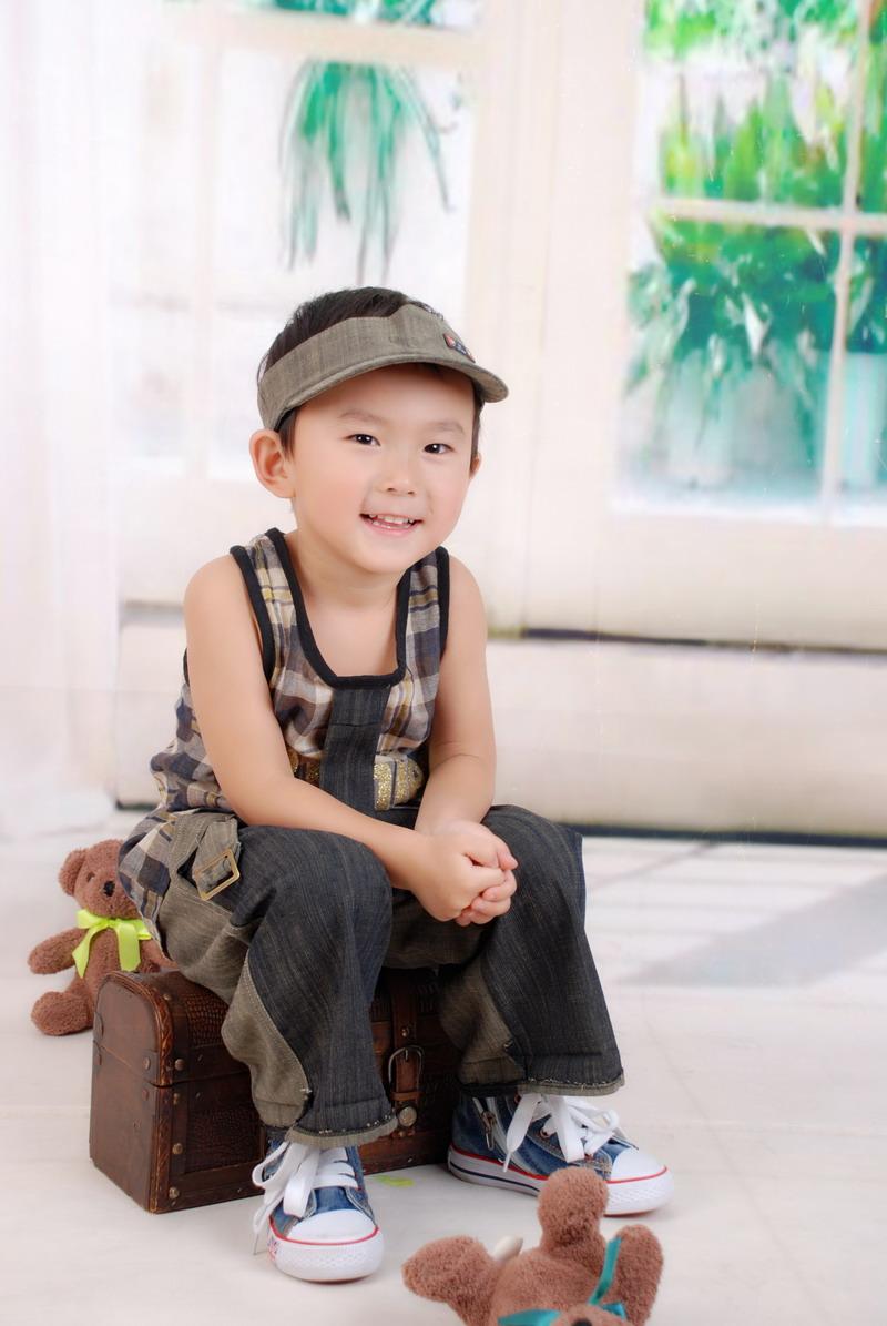 赛宣言:阳光、自信,我最棒!   出生于2007年2月6日.记得刚一出生