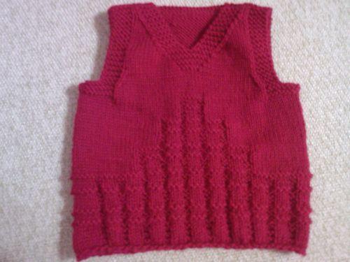 红色毛衣搭配马甲