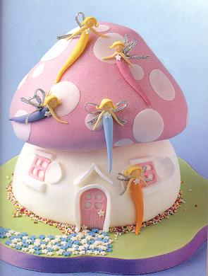 上生日蛋糕,祝若若小公主像小白兔一样漂亮可爱