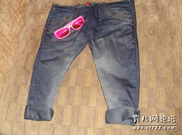 改造 把老公的牛仔裤改成宝宝穿的时尚哈伦裤了